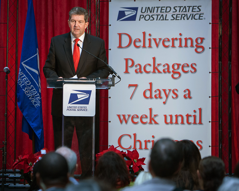 USPS Goes 7 Days A Week For Christmas | virtualstampclub.com